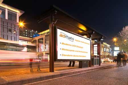 LED-Board Werbung Bushaltestelle Stadt